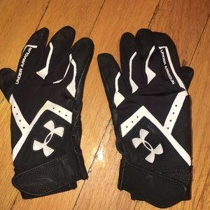 Boys under Armour batting gloves